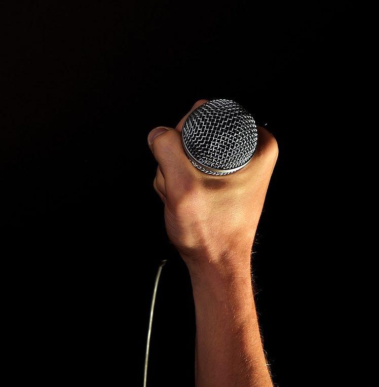 Top Tips for Confident Public Speaking
